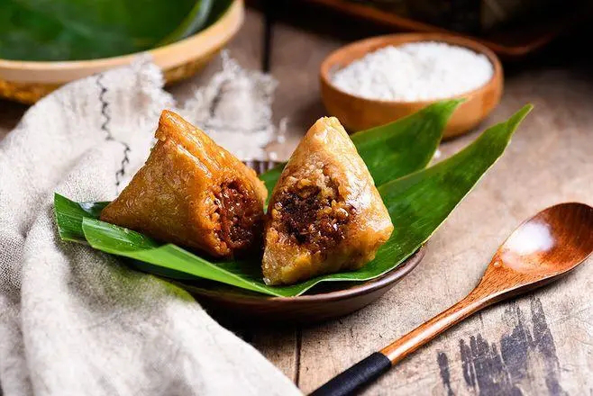 Dragon Boat Festival To Eat Zongzi, Enjoy Delicious At The Same Time, Also Want To Know How To Deal With Zongzi Leaves?